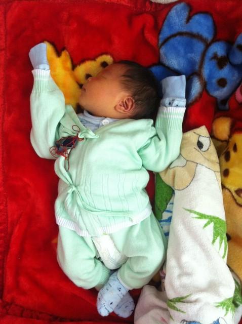 关于宝宝睡觉的姿势